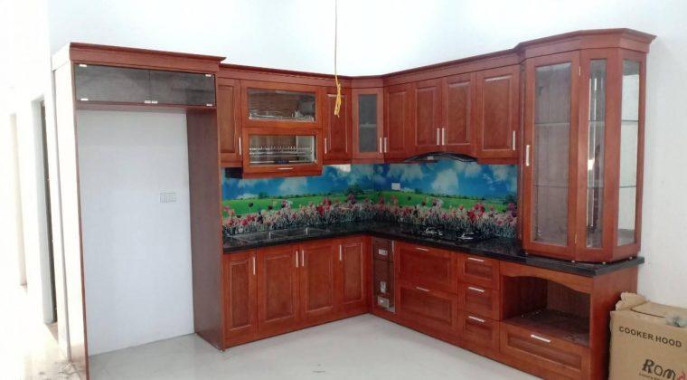 Gỗ xoan đào mang đến bộ tủ bếp vừa đẹp vừa bền - ACADO thiết kế và thi công