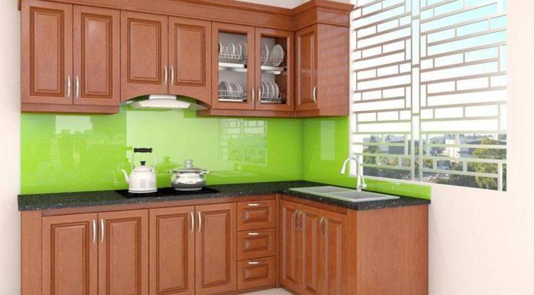 Tủ bếp kính màu xanh lá cây mát mẻ, thu hút cho không gian bếp