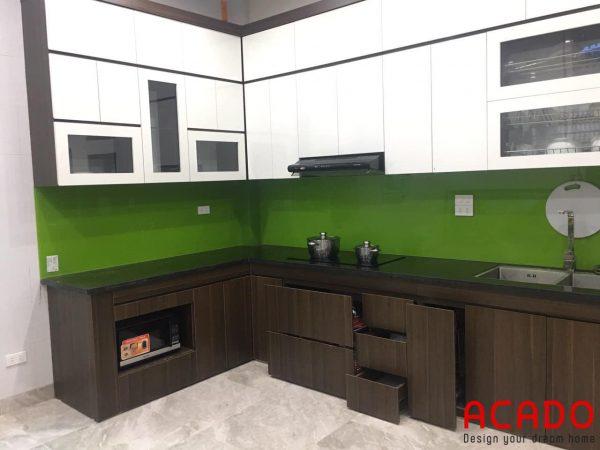 Tủ bếp Melamine thiết kế chữ L sang trọng đốn tim khách hàng