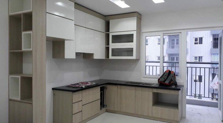 Tủ bếp Melamine màu xám nhẹ nhàng cho không gian bếp