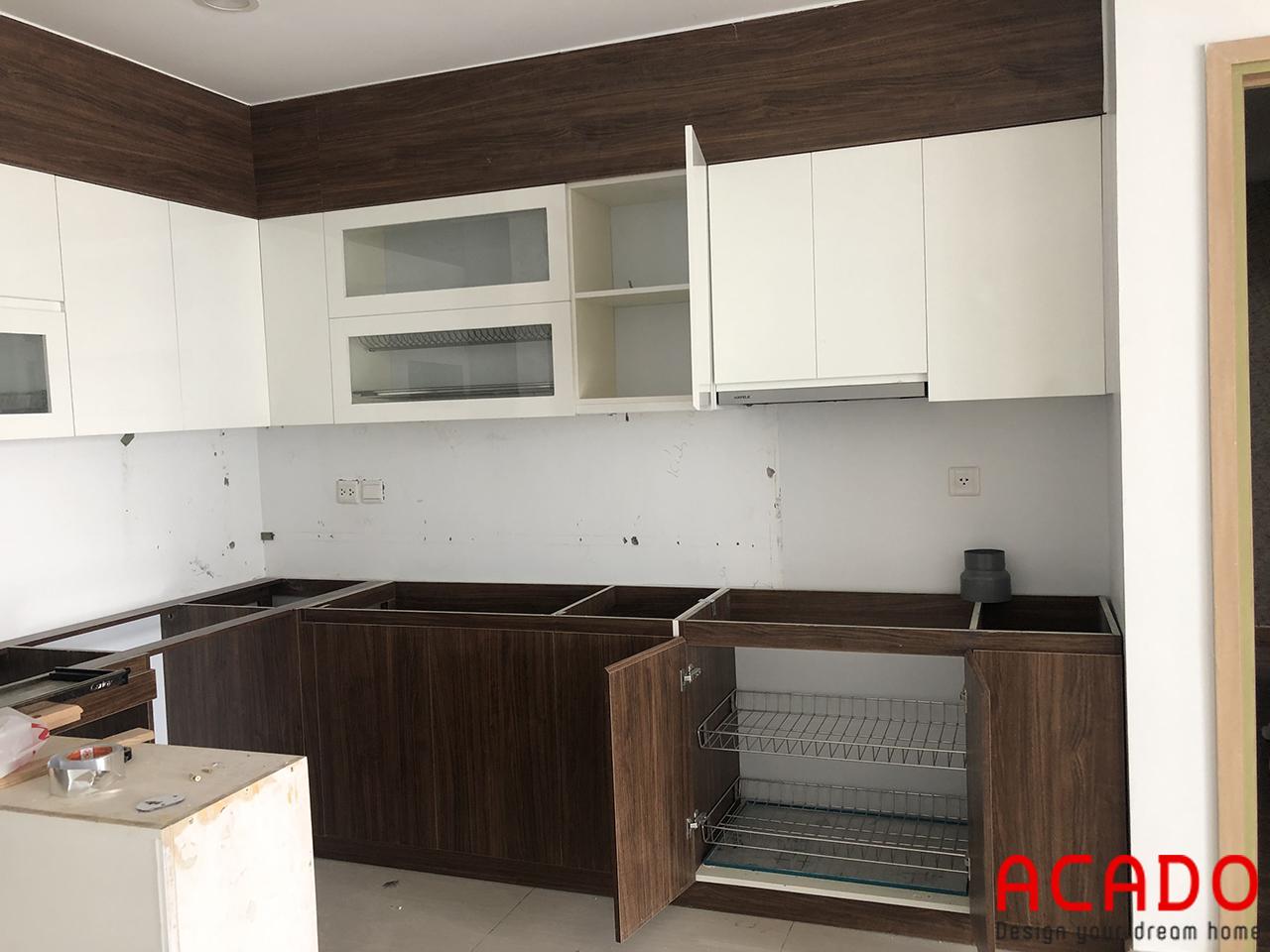 Tủ bếp gia đình anh Toàn đang dần hoàn thiện - Làm tủ bếp tại Khuất Duy Tiến , Thanh Xuân , Hà Nội