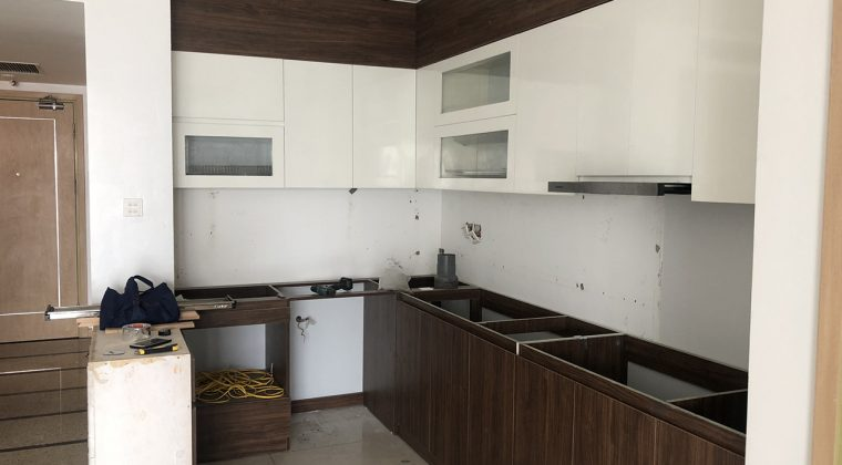 Tủ bếp đã hoàn thiện để bàn giao cho khách hàng . ACADO thiết kế và thi công
