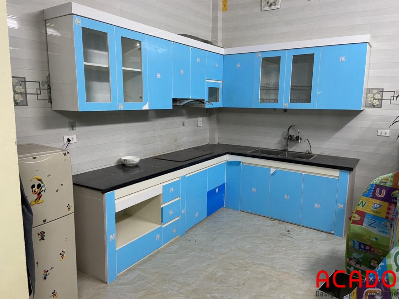 Tủ bếp gia đình anh Triệu đã hoàn thiện - ACADO làm tủ bếp tại Kiến Hưng