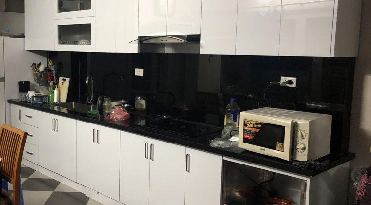 Tủ bếp Acrylic gia đình chị Dung đã hoàn thiện và bàn giao cho khách hàng