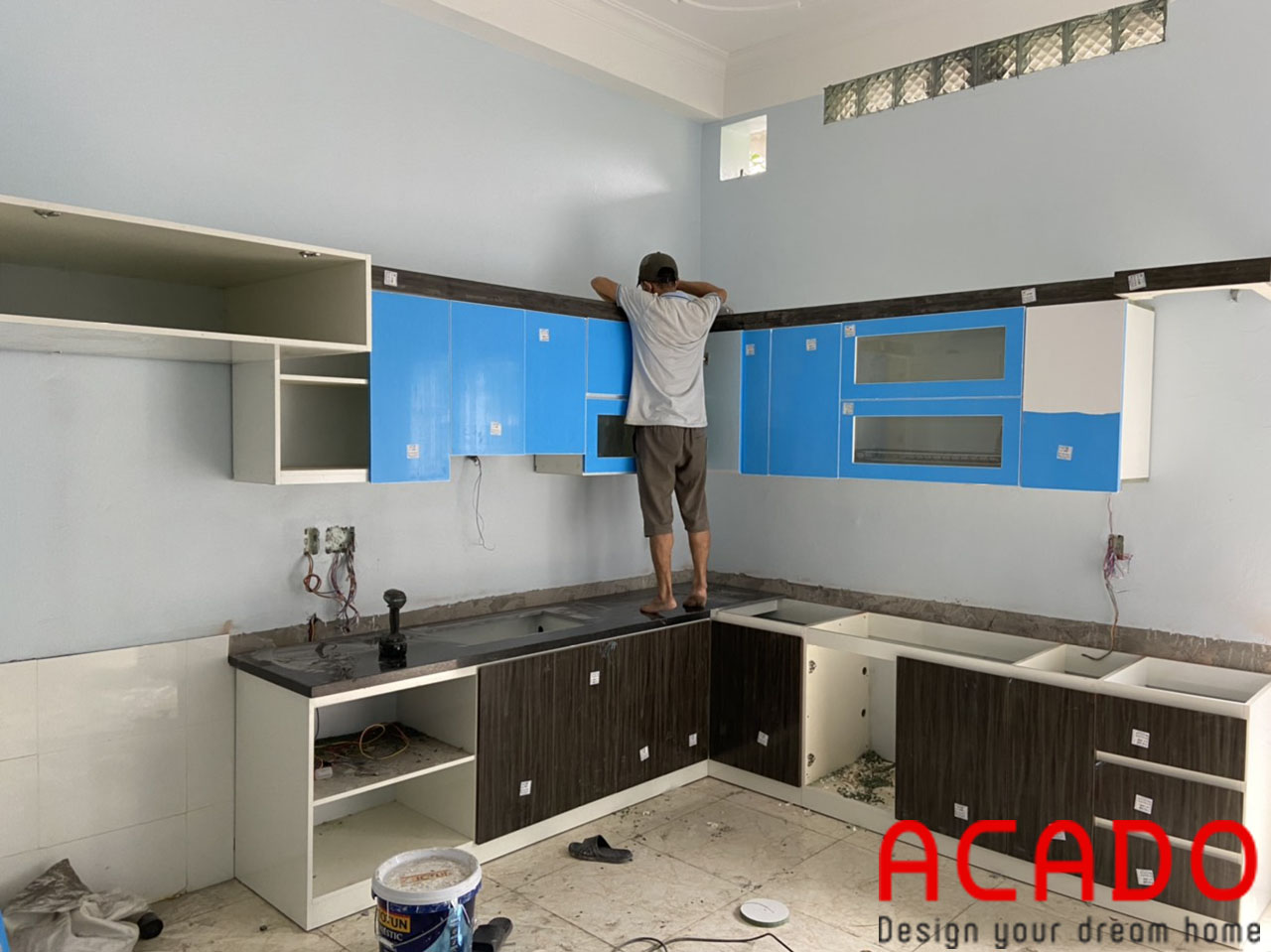 Thung melamine cốt xanh trống ẩm mang lại cho bộ tủ bếp độ bền vướt trội-đóng tủ bếp tại Long Biên