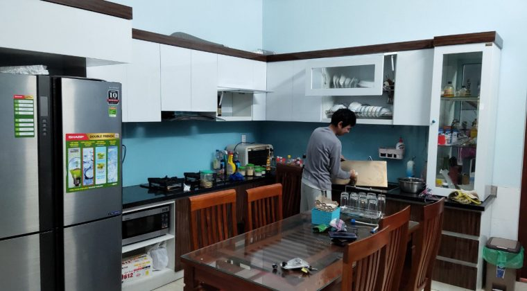 Công trình tủ bếp được hoàn thành và bàn giao cho gia đình anh Hồng