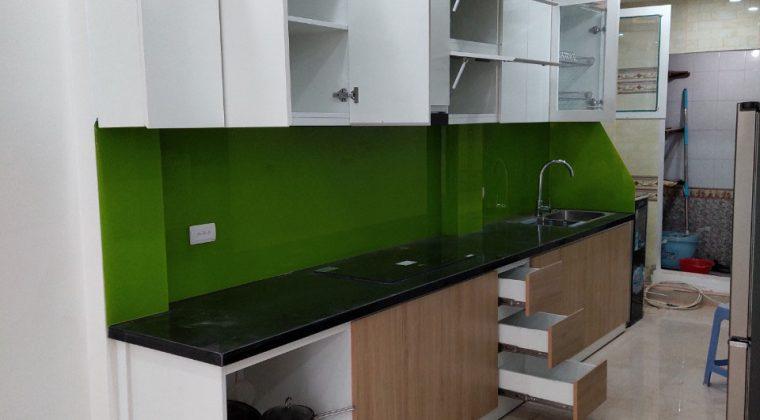 Hoàn thành quá trình lắp tủ bếp tại Hoàng Mai cho gia đình chị Yến-Nội thất ACADO