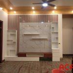 Kệ tivi chất liệu Melamine kết hợp đá có đường vân làm điểm nhấn,tạo nên không gian sang trọng cho phòng khách