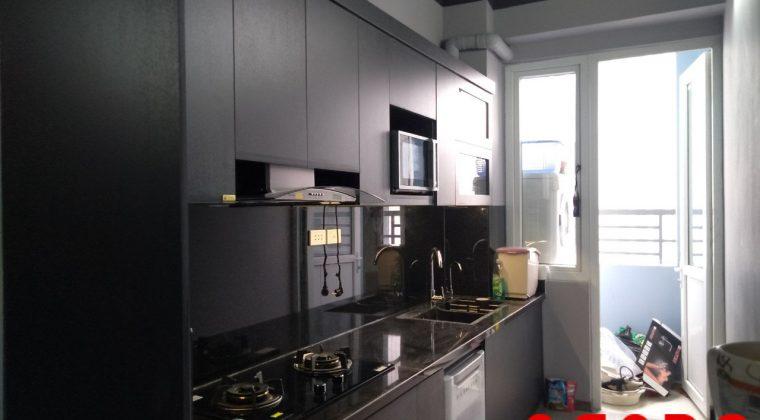 Bộ tủ bếp chất liệu Melamine đen phù hợp với những tín đồ yêu thích màu đen