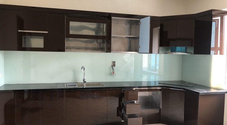 Chất liệu Acrylic có khả năng chống nước chống mói mọt tuyệt đối - Lắp đặt tủ bếp tại Văn Khê