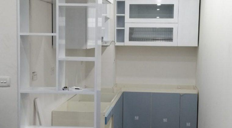 Thiết kế chứ L tiết kiệm không gian tăng công năng sử dụng phù hợp với diện tích mọi căn bếp