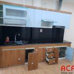 Tủ bếp chất liệu thùng Picomat, cánh Acrylic mang tới không gian trẻ chung, hiện đại cho căn bếp của bạn