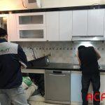 Tủ bếp đang gấp rút hoàn thành đúng tiến độ vừa đảm bảo vừa nhanh vừa bền đẹp