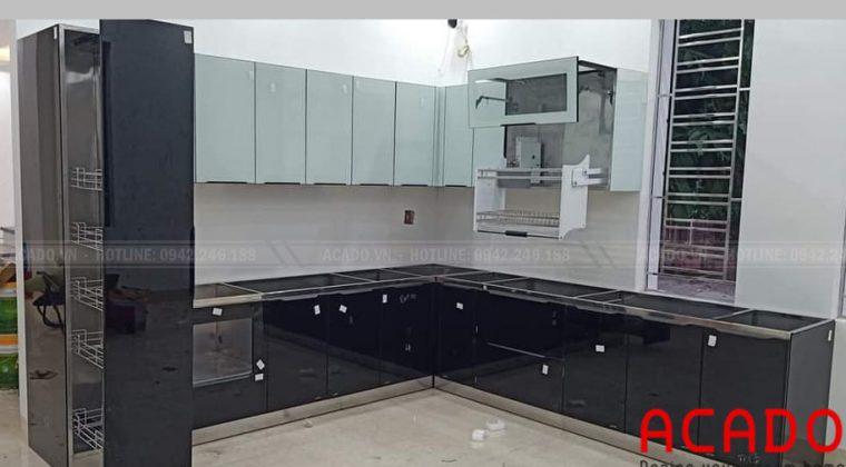 Tủ bếp inox cánh kính bền đẹp vượt trội với thời gia - Nội thất ACADO