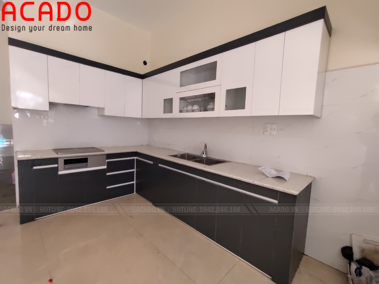 Đá bếp trắng màu sắc trang nhã tăng vẻ đẹp cho tủ bếp - Lắp đặt tủ bếp tại Gia Lâm