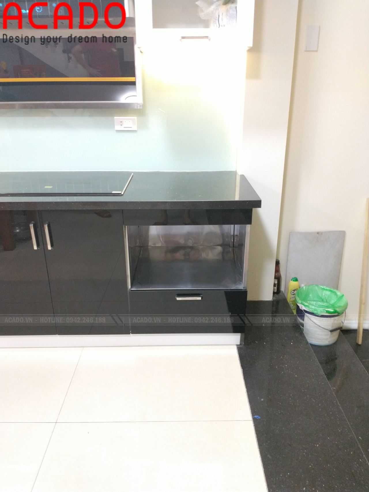 Tủ bếp chất liệu thùng Inox, cánh Acrylic - Thi công tủ bếp tại Sơn Tây