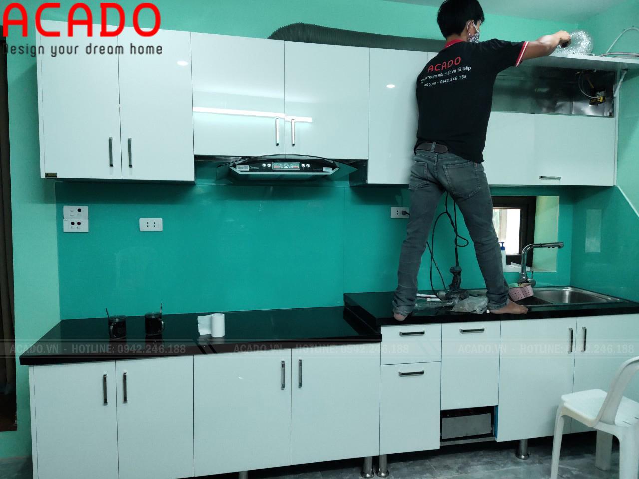 Tủ bếp kết hợp tay năm tủ tiện lợi trong quá trình sư dụng