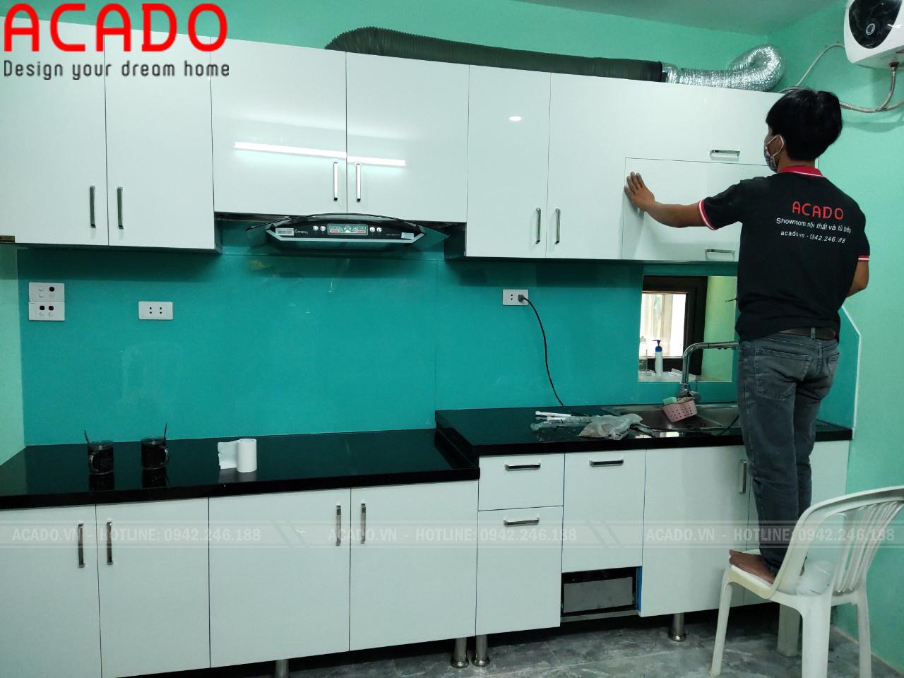Tủ bếp khung inox chắc chắn, chống nước, chống mối mọt tuyệt đối