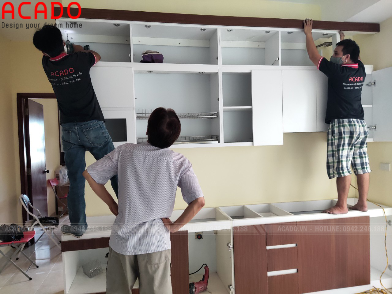 Thi công  tủ bếp melamine cho gia đình cô Quỳnh tại Hoàng Mai - Hà Nội