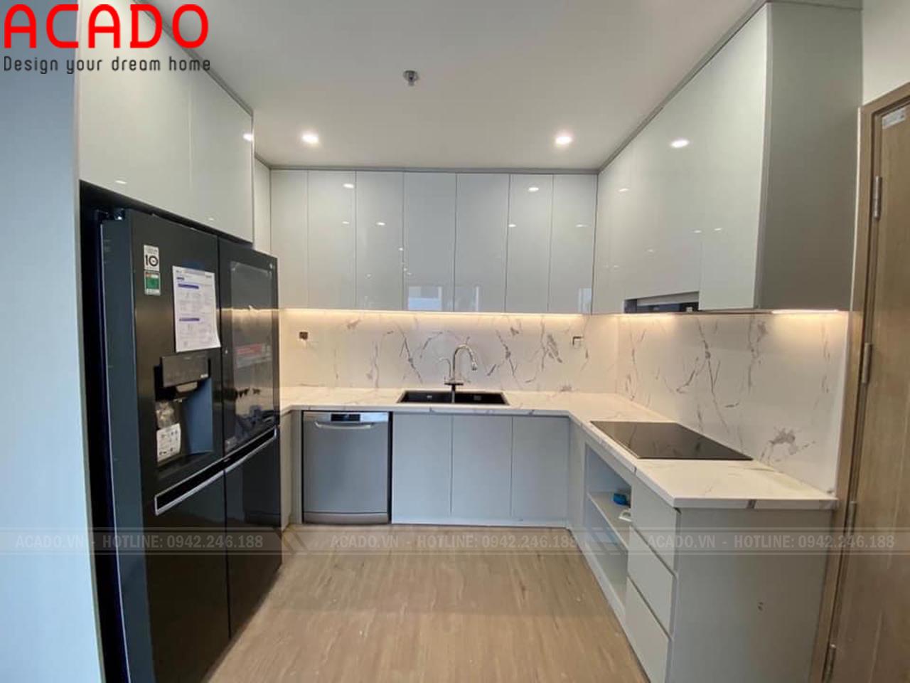 Tủ bếp ACrylic mang đến không gian sang trọng, tiện nghi